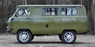 UAZ 3962 Medical Van