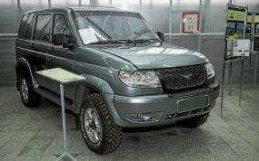 UAZ Patriot Range Rover style