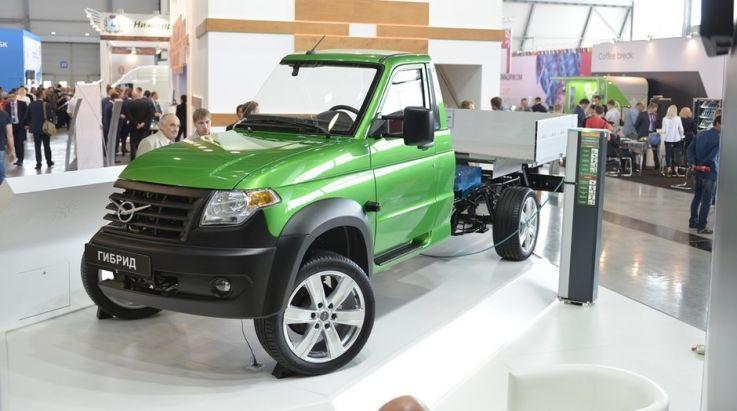 UAZ Profi s hybridním pohonem