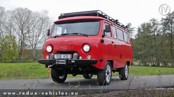 UAZ 2206 Country Van